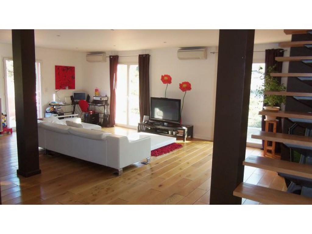 Vente collioure au calme villa d 39 architecte avec vue mer for Acheter maison collioure